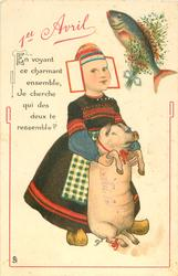 EN VOYANT CE CHARMANT ENSEMBLE, JE CHERCHE QUI DES DEUX TE RESSEMBLE? 